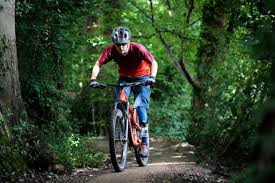What to wear on a <b>mountain bike</b> ride: off-road <b>cycle</b> clothing guide ...
