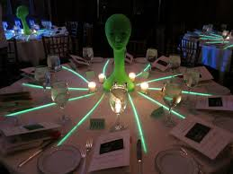 Table Decorations For Masquerade Ball The Fine Living Muse An Alien Masquerade Ball Fundraiser 71