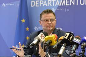 Image result for Şeful Departamentului de Luptă Antifraudă Marius Vartic poze