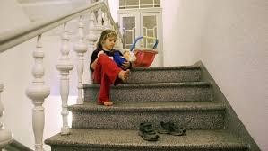 Neben ihnen sitzen anna und thea vor dem rechenrahmen. Offene Baustellen Im Jugendamt Kinder Starken Aber Wie Archiv