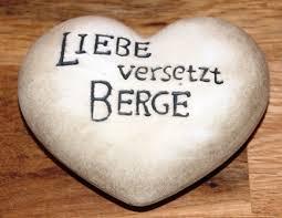Herz In Creme Braun Mit Spruch Liebe Versetzt Berge 95 X 1 X H4 Cm