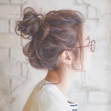 とびきりこなれたオシャレ感メガネ女子に似合うヘアアレンジ10選
