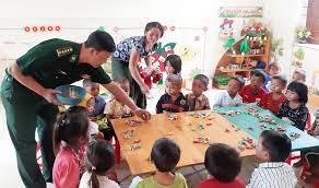Trao quà Tết Trung thu cho thiếu nhi tại các địa phương | Xã hội