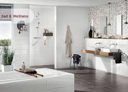 Farbenfrohe fliesenfarbe für ein individuelles badezimmer mit der vielseitigen fliesenfarbe von efko bieten wir ihnen den idealen lack, um ihre kreativen wünsche umzusetzen. Inspiration Bad Wellness Iga Die Welt Der Fliesen
