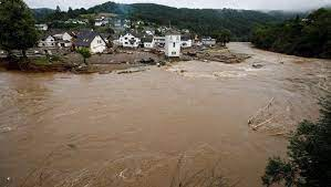 Almanya'da sel felaketi: 42 kişi hayatını kaybetti - BakPara