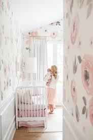 Pin Von M Auf Babyparty Babyzimmer Blumen Kinderzimmer