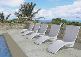curve chaise lounge location 3 itok=FcnVI4zz