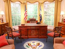 recreating oval office. Youtube Built Detailed Replicas Of The Oval Office In Its Offices Take A Look Inside Recreating