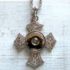 snap jewelry necklace in shape of a cross with clear crystals