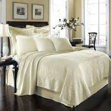 Bedspreads Comforters And Quilts – boltonphoenixtheatre.com & ... Historic Charleston King Charles Matelasse Ivory Bedding By Historic  Charleston Bedding Comforters Twin Bedding Quilts Twin ... Adamdwight.com