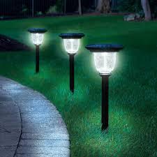 Top Rated Solar Path Lights The Best Solar Walkway Light Hammacher Schlemmer Yard