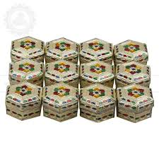ideas for personalized wedding favors and return gifts that guests hexagon shape bo pack of 12 pcs