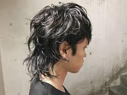 メンズのウルフカットヘアアレンジ15選ウルフの髪型のワックスセットも