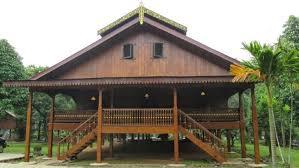 Hasil gambar untuk rumah tradisional serawai