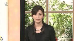黒いジャケットの中田有紀