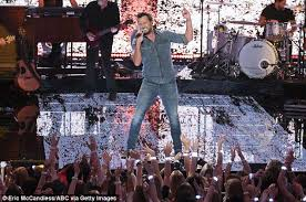 Luke Bryan Farm Tour Dates Tickets And More Daily Mail