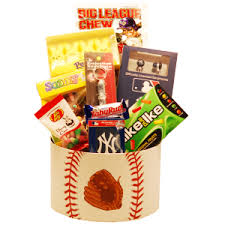 new york yankees easter baskets new york yankees easter basket ny yankees easter basket tasteful treats and treres gift baskets the easter bunny