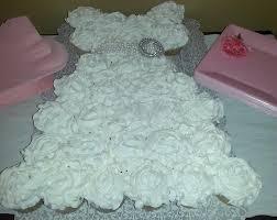 DIY Wedding Gown Cupcake Cake