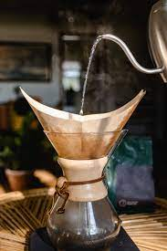 Brew your coffee in a chemist's style with chemex coffee grinders. 5 Best Coffee Grinders For Chemex Of 2021