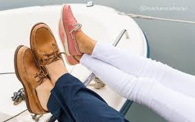 classic leather is easier to break in than other textiles or synthetic patent leathers most of our leather boat shoes are unlined that means they ll