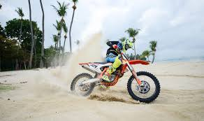 mx beach race 2017 motocross bikes to compete in largest race at