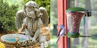 Козметика и хигиена за птици. 9 Nestandartni Hranilki I Bani Za Ptici Comfort Bg