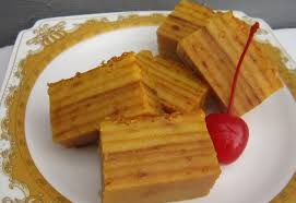 Bahan bahan 450 gram tepung tapioca 1200 ml santan 235 grm gula pasir 100 grm tepung ketan pewarna makanan 50 grm. Cara Membuat Kue Engkak Ketan Lembut Lezat