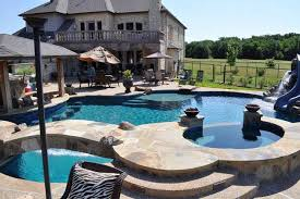 pools spas custom outdoor trends