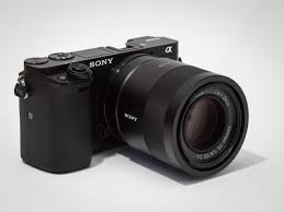sony ilce 6000. file:sony alpha ilce-6000 aps-c-frame camera with lens. sony ilce 6000