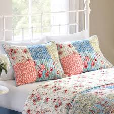 Better Homes and Gardens Multi-Color Vintage Bedding Quilt, Full ... & Better Homes and Gardens Multi-Color Vintage Bedding Quilt, Full Size -  Walmart.com Adamdwight.com