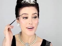 video makeup artist demonstrates how to recreate audrey hepburn 39 s breakfast at tiffany 39 s