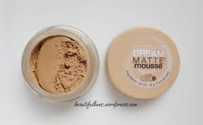 Maybelline Dream Matte Mousse Creamy Natural Light 5 Review Maybelline Dream Matte Mousse Beautifulbuns A