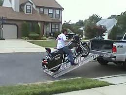 Amazon.com: Aluminum Ramp 8 ft. USA - Motorcycles Onto Pick-up ...