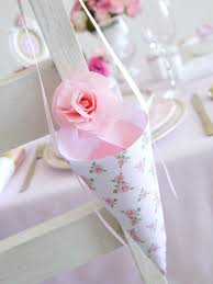 How To Make Paper Cones For Flower Petals How To Make Wedding Confetti Cones Hgtv
