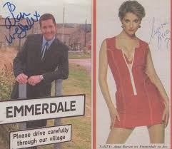 Tara Reynolds Anna Brecon Emmerdale Farm Hand Signed Please Read 2x Picture  s / HipPostcard