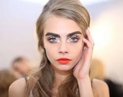 как подобрать цвет форму и макияж бровей блондинкам с разным цветом