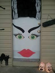 halloween front door decorationsHalloween Door Decorating Ideas When does disneyland decorate for