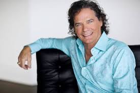 Video: Oklahoma native B.J. Thomas celebrates 45th anniversary of his  classic hit '(Hey Won't You Play) Another Somebody Done Somebody Wrong Song'