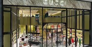 Designer Stores In Dubai New Fashion Avenue Extension Dubai Mall
