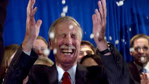 Lobster emoji: Sen. Angus King thrilled to help net one for Maine