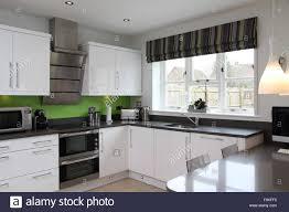 Splashback White Kitchen Black And White Kitchen Red Splashback Yes Yes Go