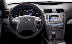 TOYOTA CAMRY - Review and photos