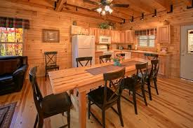 ... Luxury 3 Bedroom Cabin With Spacious Dining Area   Hillside Haven ...