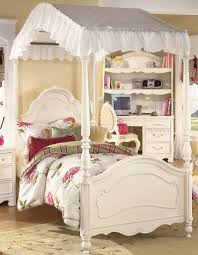white wash finish traditional kids bedroom wposter bed amazing white kids poster bedroom furniture