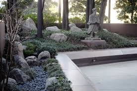 Small Picture FileCrow Asian Sculpture Garden 01jpg Wikimedia Commons