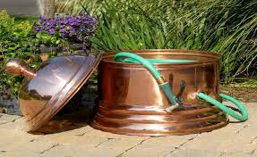 garden hose storage pot design