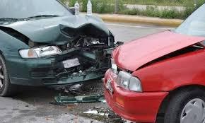 Αποτέλεσμα εικόνας για Τωρα..τροχαιο ατυχημα με υλικες ζημιες