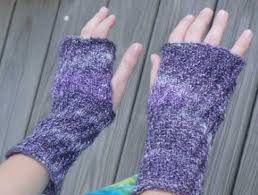 Free Fingerless Gloves Knitting Pattern Adorable Free Knitting Patterns Hither And Yarn