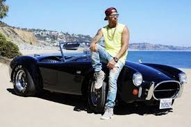 How does lewis hamilton make his money? Lewis Hamilton Doesn T Collect Cars Only Supercars British Gq