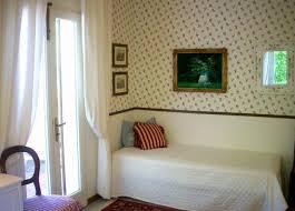 Carta Da Parati Nel Bagno : Carta da parati consigli per decorare gli ambienti della casa